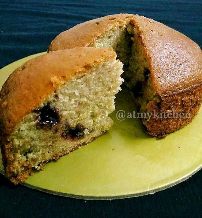 Berry Jam Cake / Mixed Berry Jam Cake / Vanilla Berry Jam Cake