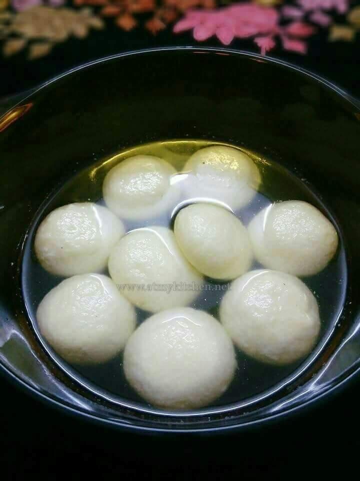 Rasgulla recipe / How to make soft spongy Rasgulla
