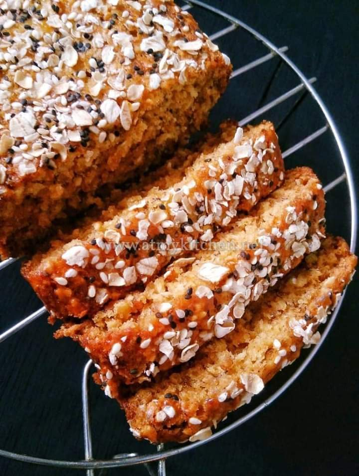 Banana Oats Loaf Cake / Whole Wheat Banana Oats Cake / Eggless Banana Oats Cake