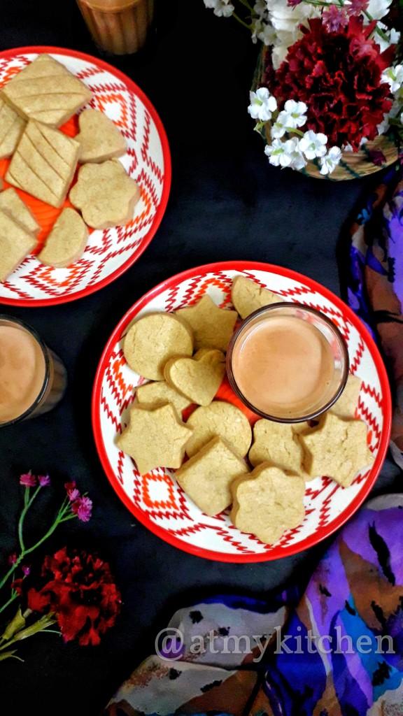 3 Ingredients Cookies / Bakery Style Cookies / Eggless Atta Ghee Biscuits