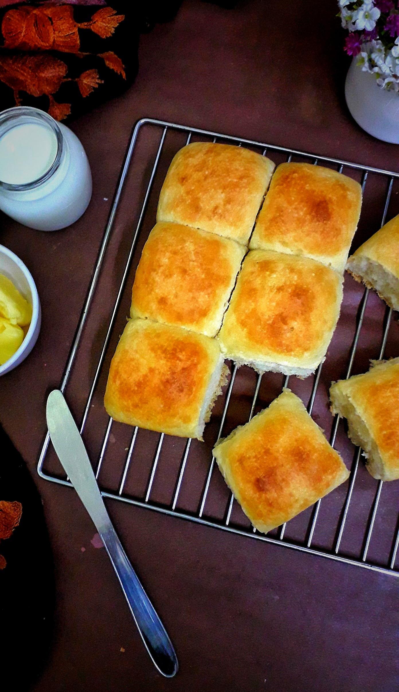 Eggless Ladi Pav / Homemade Pav / Ladi Pao
