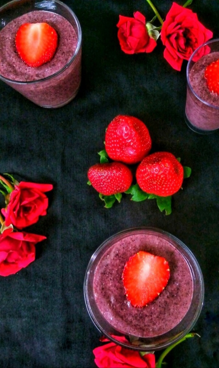 Black rice strawberry mousse recipe / How to make black rice strawberry mousse/ Strawberry mousse recipe