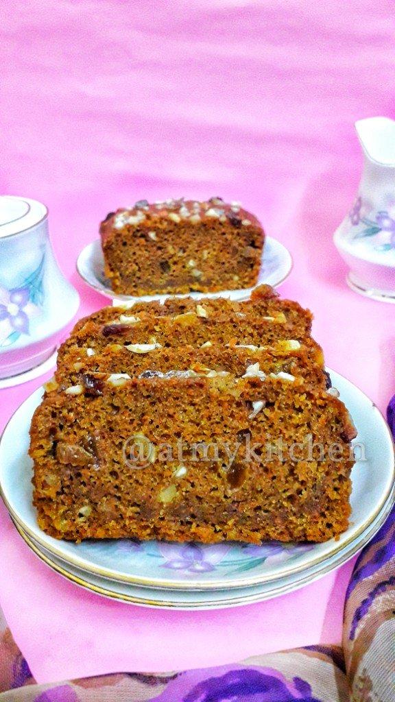 Whole Wheat Carrot Cake / Eggless Carrot Cake / Atta Carrot Cake